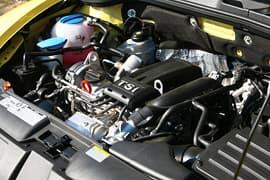 燃費とパワーを両立したエンジン