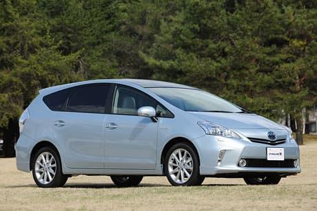 Toyota Prius α01