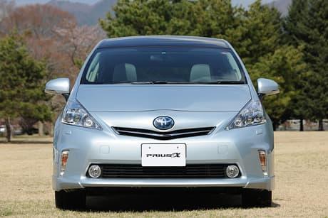 Toyota Prius α02