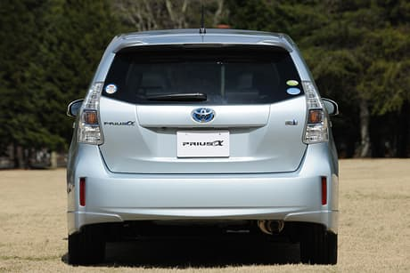 Toyota Prius α05