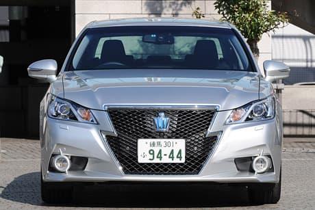 Toyota Crown HV02