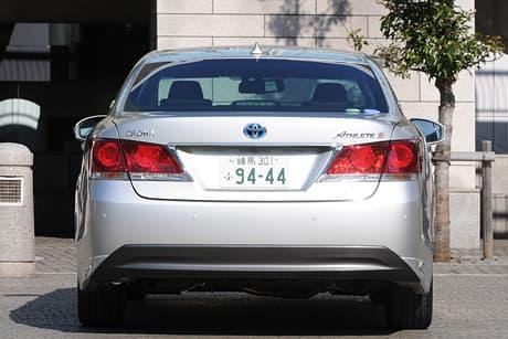 Toyota Crown HV05