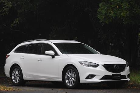 Mazda Atenza Wagon01