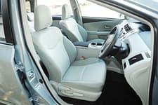 Toyota Prius α06