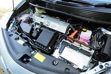 Toyota Prius α07