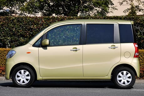 Daihatsu Tanto exe02