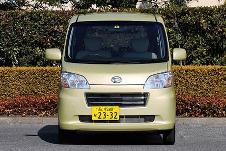 Daihatsu Tanto exe05