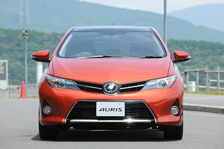 Toyota Auris05