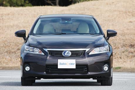 Lexus CT05