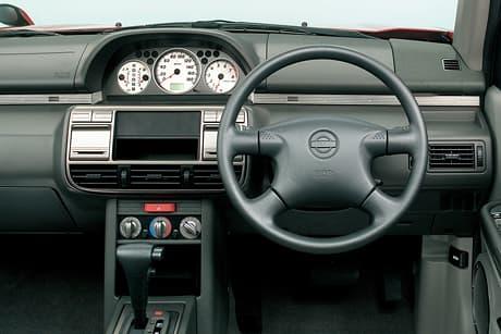 Nissan X-TRAIL(初代)03