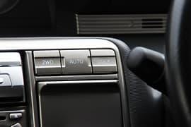 進化した電子制御式4WDを惜しまずに採用