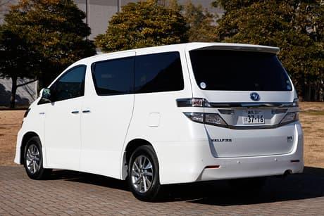 Toyota Vellfire03
