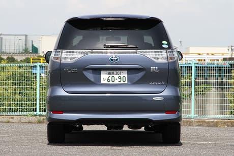 Toyota Estima Hybrid03