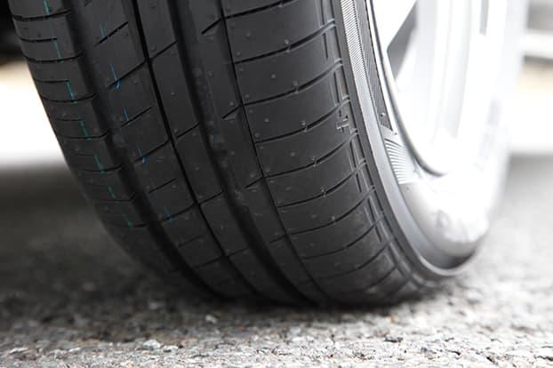近年車重が増加した軽自動車もLuKがしっかり支えます。