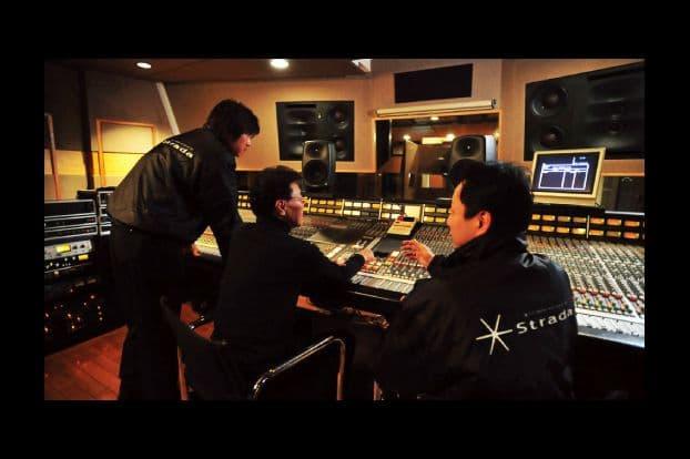 音の匠は、レコーディングエンジニア集団 ミキサーズラボとのコラボで作り上げられている